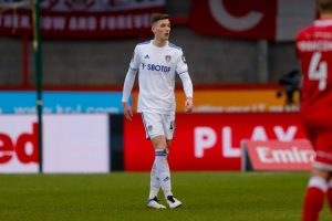 Leeds defender set for move across the Pennines
