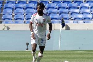 Leeds pursuing deal for Ligue 1 star