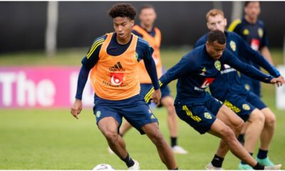 Leeds United battle Wolves and Newcastle for Champions League midfielder