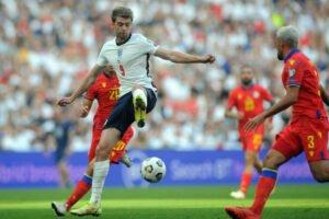 'He's holding others back'- TalkSport pundit slams Bamford over England debut