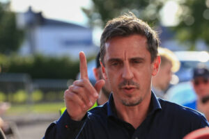 Gary Neville speaks out on 'alarming' Leeds player