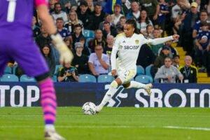Journalist reveals Leeds' bitter rivals were looking to sign Helder Costa